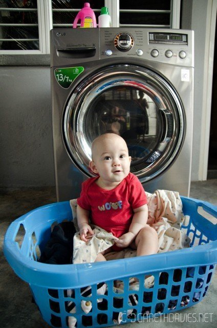 Liam & Washing Machine