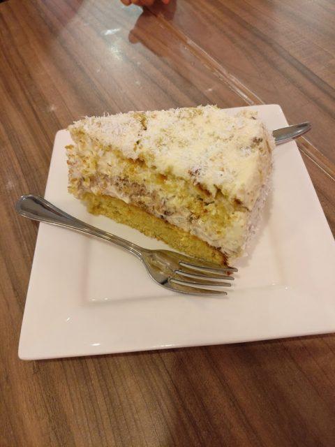 Opika - 1 Utama - Coconut Cake